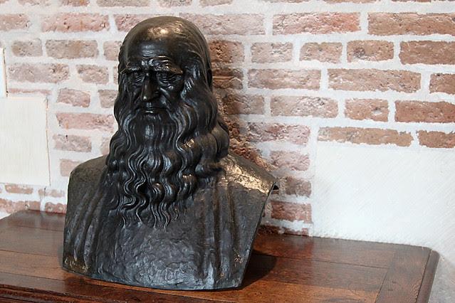 A bust of Leonardo da Vinci at Chateau Clos Lucé