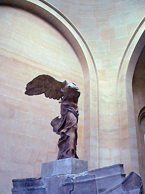 ルーブル美術館 サモトラケのニケ(Palais du Louvre)fromパリ