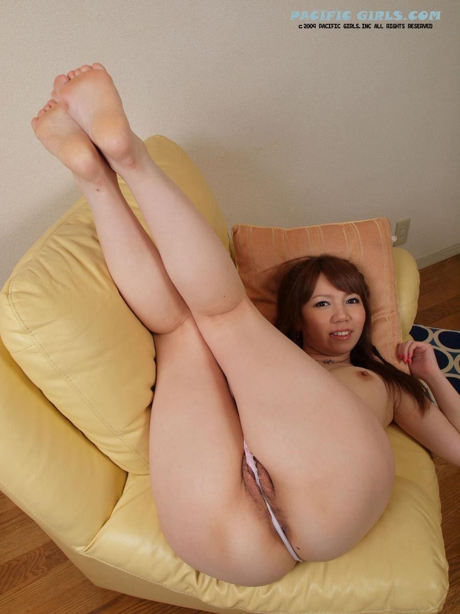 japan milf show big ass