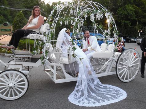 Wedding with Cinderella Carriage at Ravello Banquet Hall