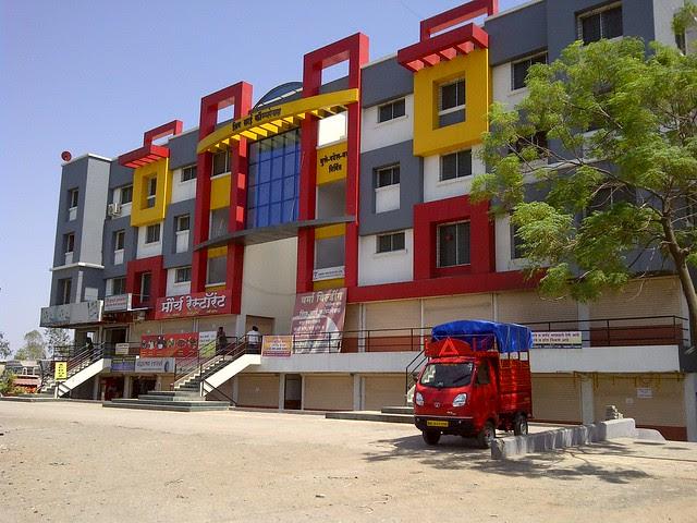 Shiv Sai Complex Manjri - Visit Dreams Avani, 1 BHK & 2 BHK Flats on Shewalwadi Road, near Manjri Stud Farm, off Pune Solapur Highway, at Manjri Budruk Pune, 412 307