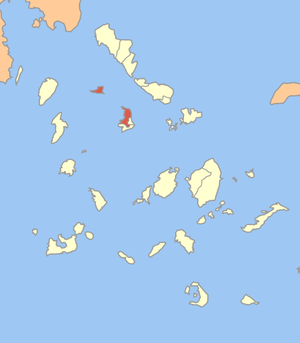Locator map of Ano Syros municipality (Δήμος Ά...