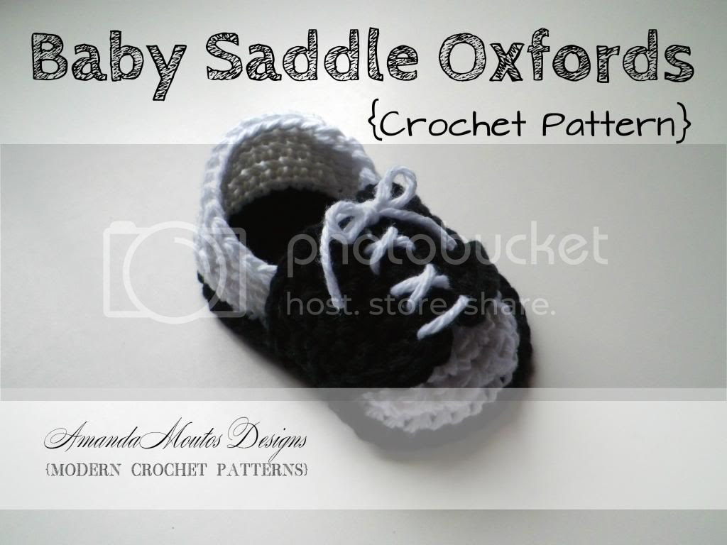 Baby Saddle Oxfords Crochet Pattern by Amanda Moutos Designs
