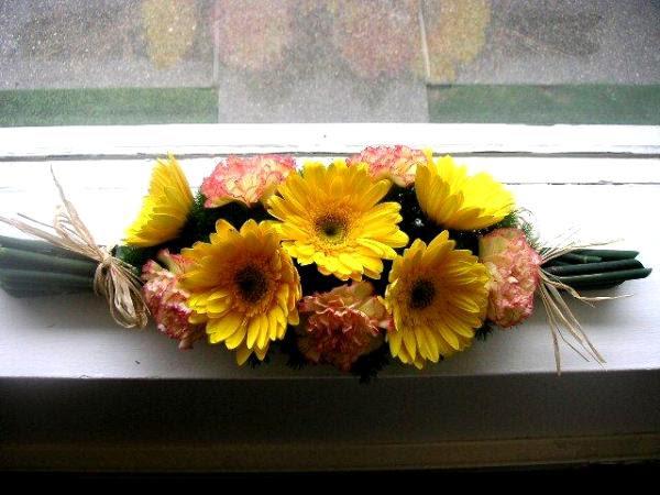 Unique Flower Arrangement With No Vase California Flower Art Academy