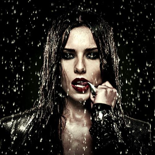 cheryl cole 32 Video: Cheryl Cole Mimes On X Factor