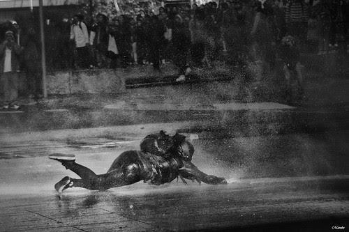 De esos piscinazos a la fuerza by Alejandro Bonilla