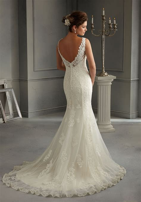 Patterned Design on Net over Satin Wedding Dress   Style
