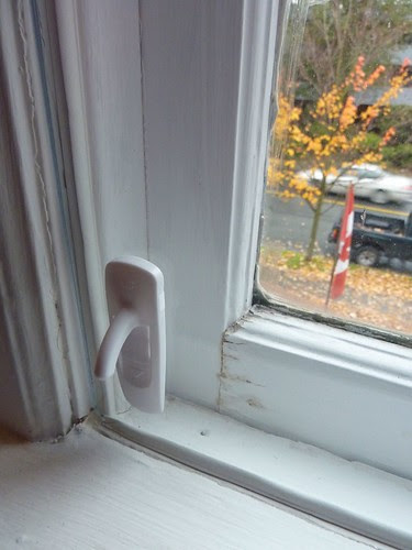 Improvised double glazing