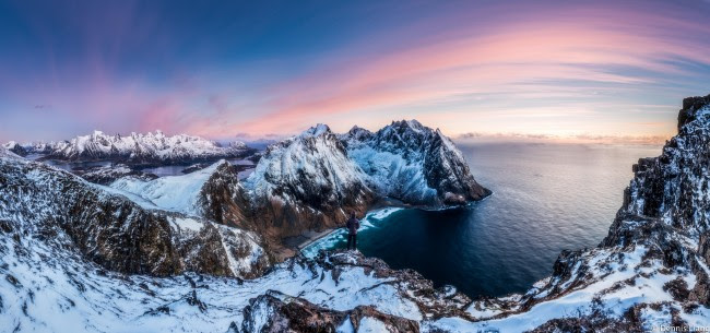 Wallpaper Lonely Man Edge Snow Mountain Arctic Panorama Images, Photos, Reviews