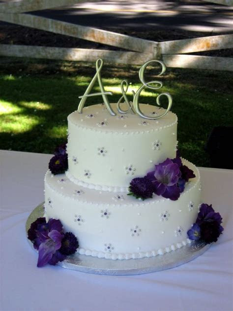 Best 25  Scroll wedding cake ideas on Pinterest