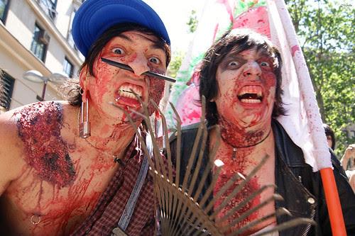 Zombiewalk 2011 by Alejandro Bonilla
