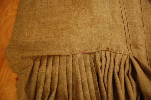 Making a robe a l'anglaise 27