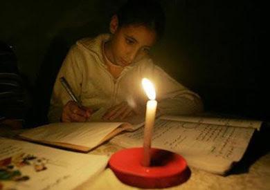 http://www.shorouknews.com/uploadedimages/Sections/Egypt/original/studing-cut-electricity-1919.jpg