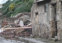Crollo della casa dei Gladiatori a Pompei