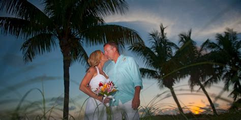 Florida Keys Beach Wedding: Destination Weddings