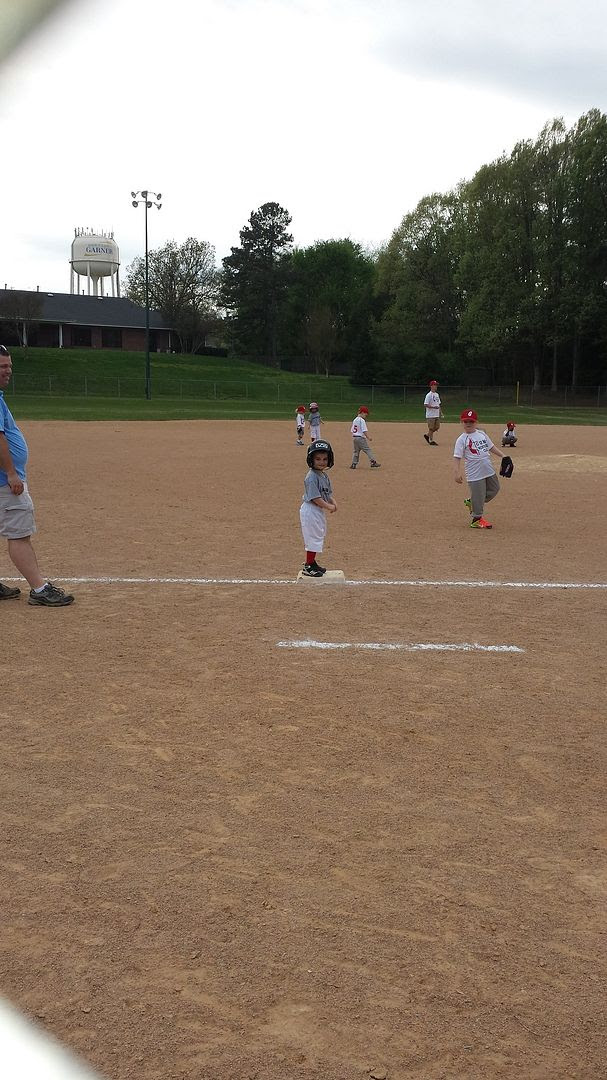 photo baseball3_zpsa9k26w1k.jpg