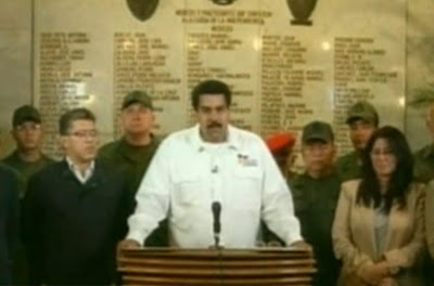 Maduro anuncia la muerte de Chávez.-