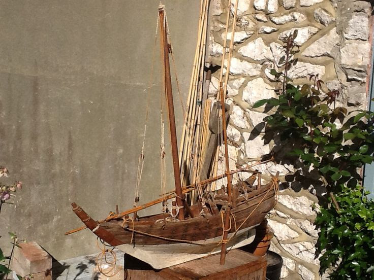 Antique scale model of, I think, an Arabian Sambuk Dhow, a trading and