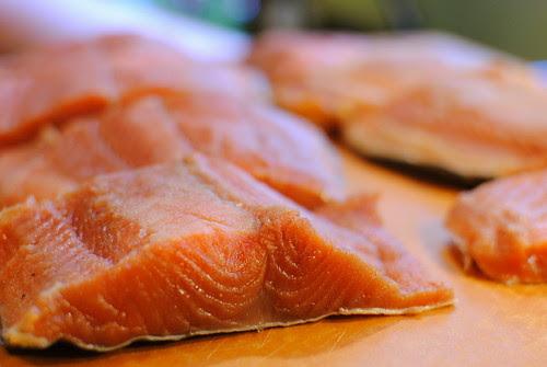 Preparing Salmon to Smoke