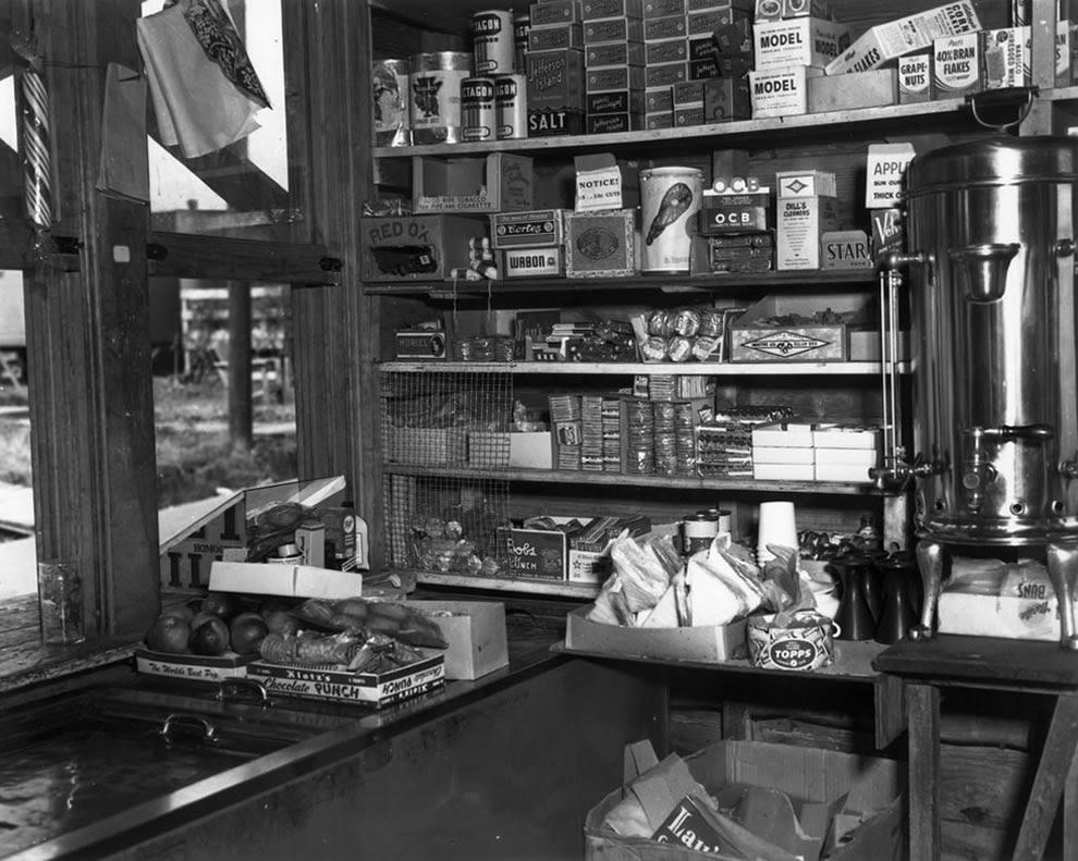 1945 Canteen Oak Ridge