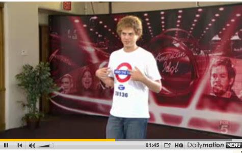 Scott Macintyre wears Subway T shirt