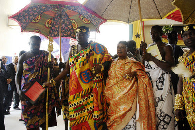 Dasebre Dr Nana Oti Boateng paramount Chief of new Juaben Traditional Area in Kente cloths, Ghana, Tribal King