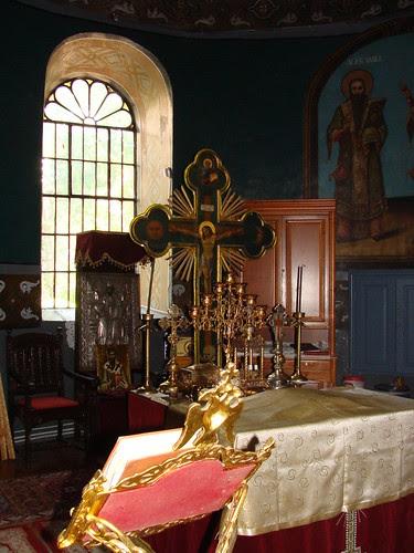 Sf Altar - biserica Sf Vasile