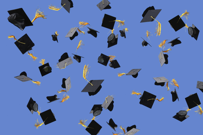 graduation_caps.jpg (2716×1810)