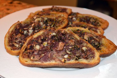 Italian Garlic Bread with Red Wine Base | Tasty Kitchen: A ...