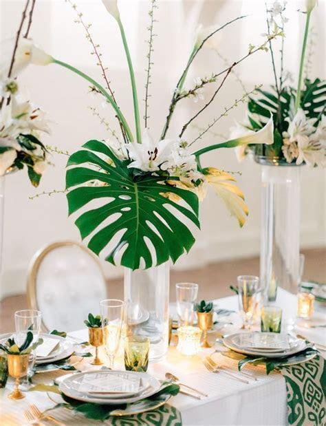 2018 Trend: Tropical Leaf Greenery Wedding Decor Ideas