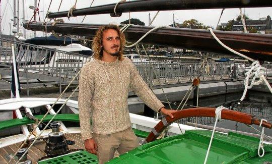 Nouveau propriétaire du vieux gréement, Alan Saulnier a décidé d'apporter des innovations pour les sorties sur ce voilier.