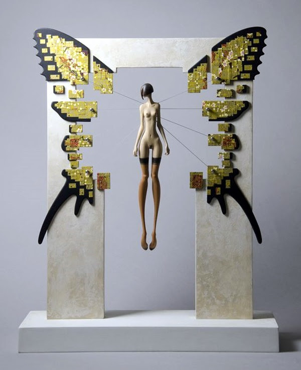 Astonishingly Life-Like Figuratives Sculptures (1)