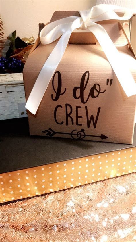 25  best Gift boxes ideas on Pinterest   Diy gift box, Diy