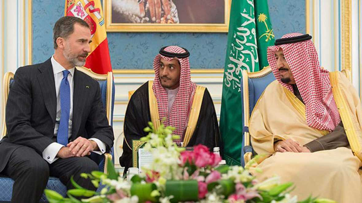 Resultado de imagen de el rey de españa viaja a arabia saudita