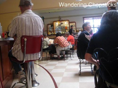 3 Fentons Creamery & Restaurant - Oakland 4