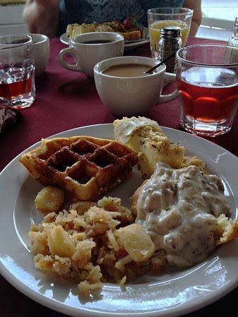 Breakfast at the Casablanca Inn