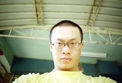 入伍前把頭髮剪短
