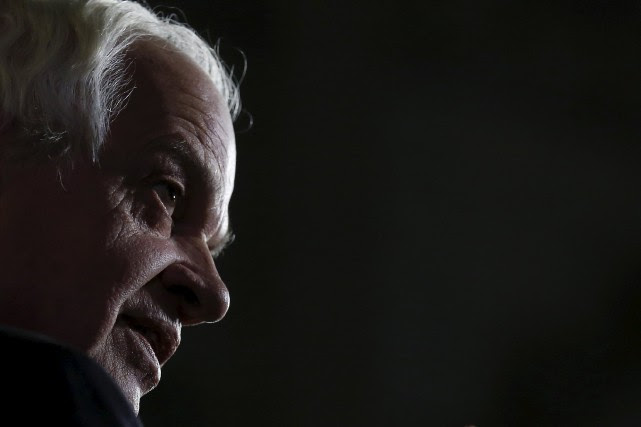 Le ministre de l'Immigration, John McCallum... (PHOTO CHRIS WATTIE, REUTERS)
