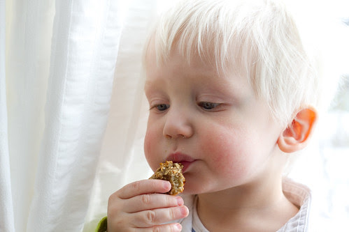 Aksel with his 3-ingredient cookie