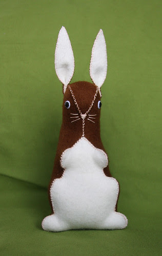 More felt rabbits