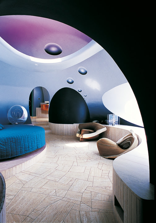 Интерьер дома Пьера Кардена в Каннах. Фото / Pierre Cardin's Bubble House. Photo