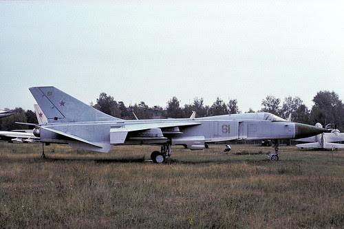 61y Su-24