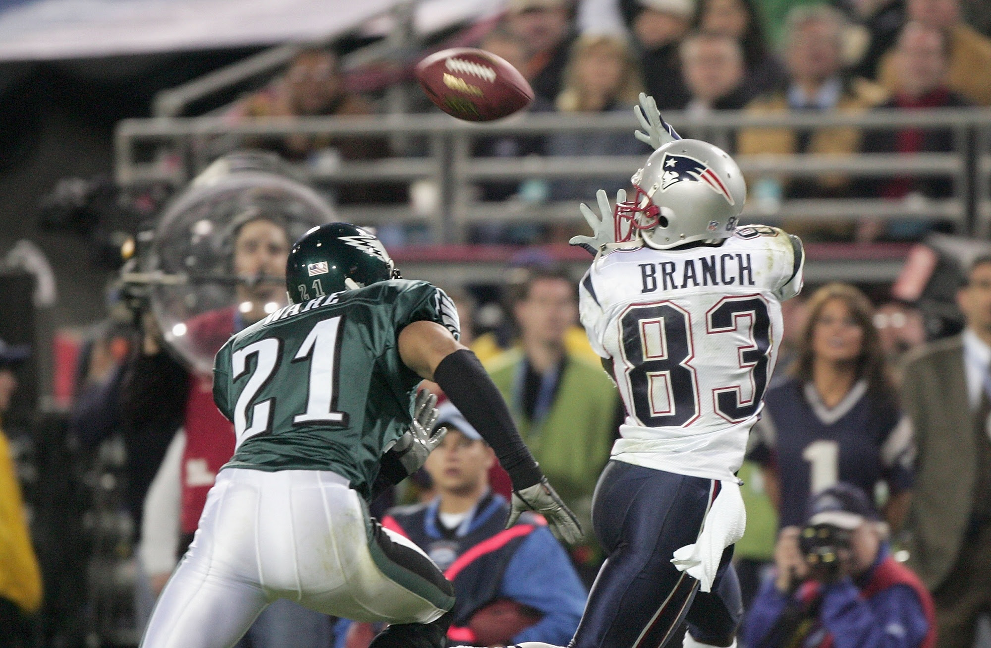 Super Bowl XXXIX : Patriots vs Eagles   LE SPORTIF DU