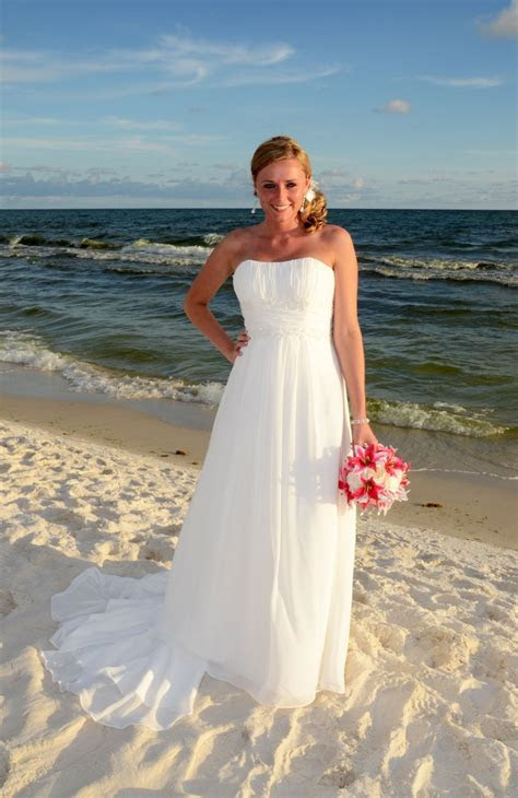 Best 25  Sunset beach weddings ideas on Pinterest