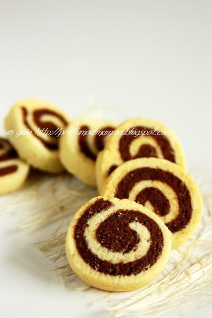 Biscotti bicolori