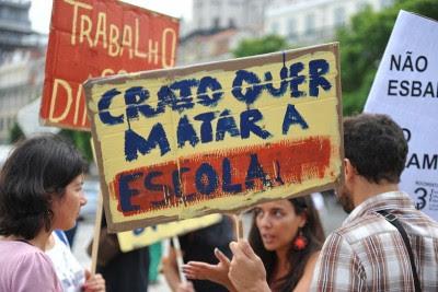 Protesto de professores contratados e desempregados.