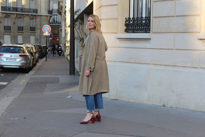 photo 14-tee shirt lamant sezane levis 501 trench beige printemp_zpschzjwjww.jpg