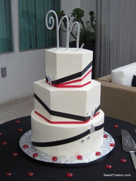 Sweet Traders   Huntington Beach, CA Wedding Cake