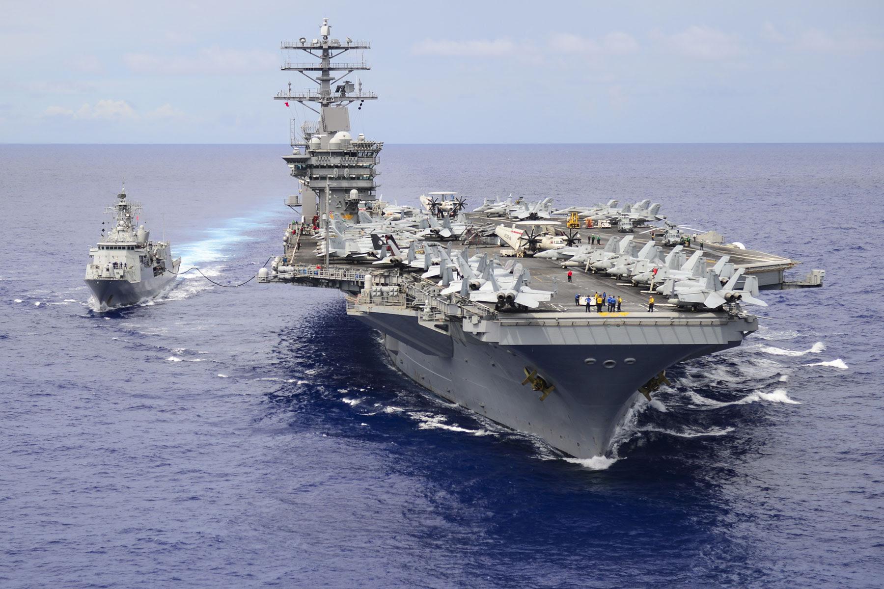 Resultado de imagem para USS Nimitz