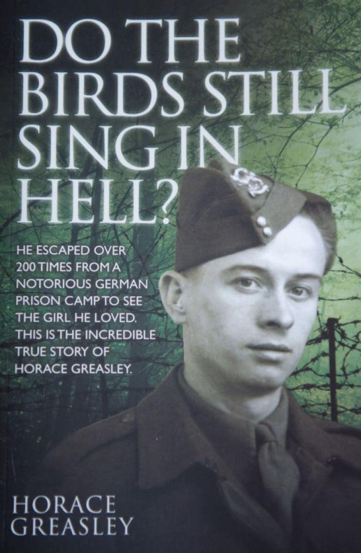Uma história de amor entre um britânico e uma alemã no meio da Segunda Guerra Mundial